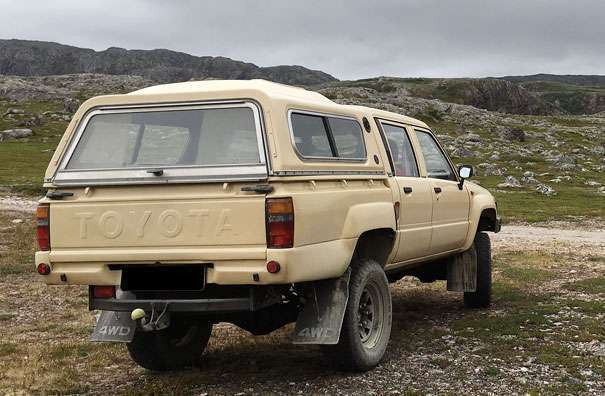 verkauft toyota hilux 2 4d ln 65 bj gebraucht 1987 km in st p lten. Black Bedroom Furniture Sets. Home Design Ideas