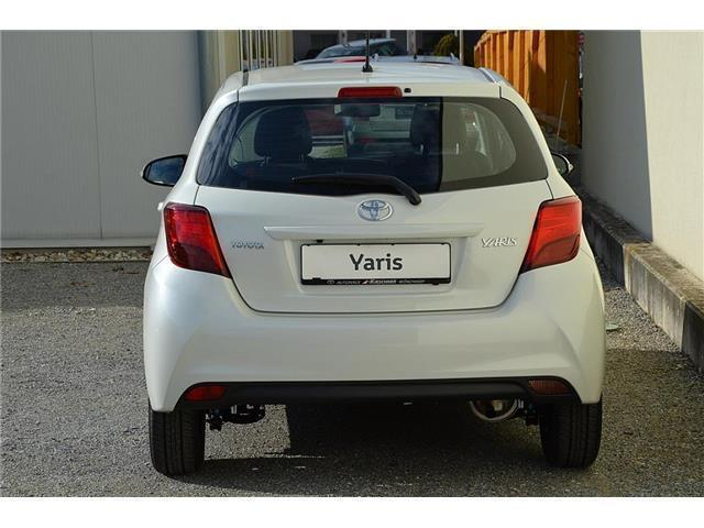 verkauft toyota yaris 1 0 vvt i active gebraucht 2016 20 km in m nchhof. Black Bedroom Furniture Sets. Home Design Ideas
