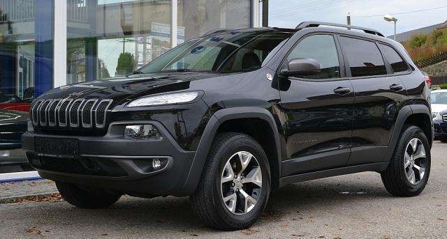 verkauft jeep cherokee 3 2 v6 4wd trai gebraucht 2014 km in peuerbach. Black Bedroom Furniture Sets. Home Design Ideas