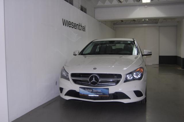 verkauft mercedes cla200 cla 200 gebraucht 2013 km in wien. Black Bedroom Furniture Sets. Home Design Ideas