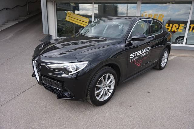 verkauft alfa romeo stelvio super 2 2 gebraucht 2017 km in hartberg. Black Bedroom Furniture Sets. Home Design Ideas