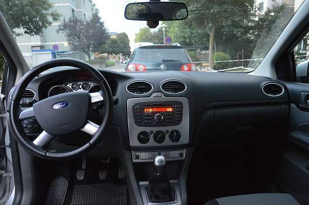verkauft ford ecosport focus5t 1 4l li gebraucht 2011 km in seiersberg. Black Bedroom Furniture Sets. Home Design Ideas