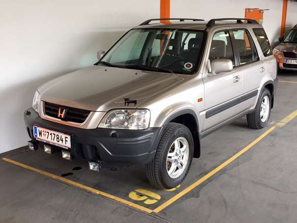 verkauft honda cr v 2 0i 4x4 allrad su gebraucht 1998 km in wien. Black Bedroom Furniture Sets. Home Design Ideas