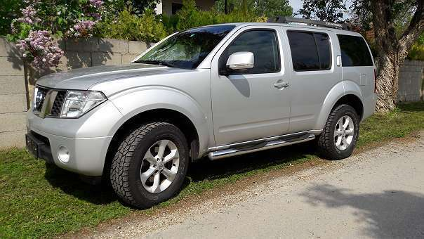 verkauft nissan pathfinder 2 5 dci se gebraucht 2007 km in neusiedl am see. Black Bedroom Furniture Sets. Home Design Ideas