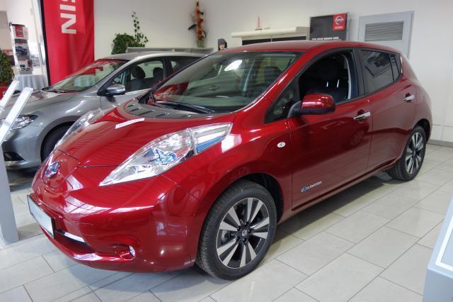 Nissan Leaf Gebraucht : verkauft nissan leaf mit batterie te gebraucht 2017 0 km in steyr ~ Aude.kayakingforconservation.com Haus und Dekorationen