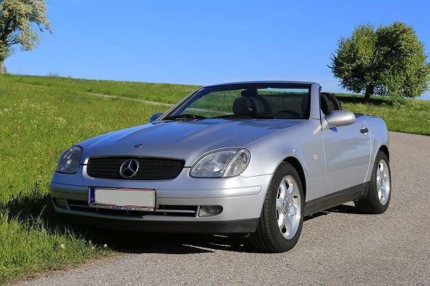 verkauft mercedes slk200 slk klassecab gebraucht 1998 km in walding. Black Bedroom Furniture Sets. Home Design Ideas