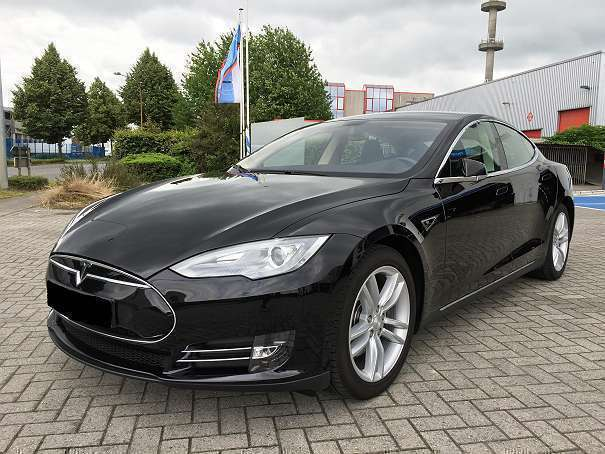 verkauft tesla model s 85 limousine gebraucht 2014 48. Black Bedroom Furniture Sets. Home Design Ideas