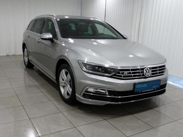 verkauft vw passat variant highline td gebraucht 2016 250 km in landl. Black Bedroom Furniture Sets. Home Design Ideas