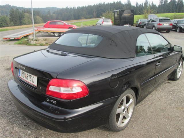 verkauft volvo c70 2 0t cabrio klassik gebraucht 2003. Black Bedroom Furniture Sets. Home Design Ideas