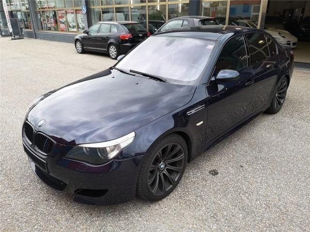 verkauft bmw m5 e60 v10 navi schiebeda gebraucht 2006 km in seyring. Black Bedroom Furniture Sets. Home Design Ideas