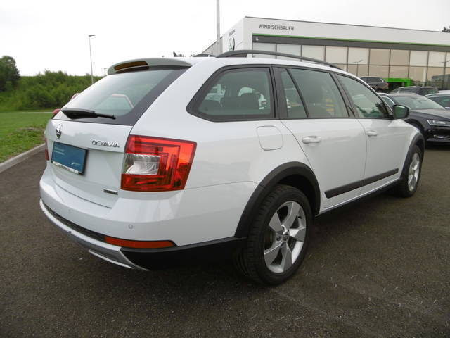 verkauft skoda octavia combi 2 0 tdi 4 gebraucht 2015 km in gmunden. Black Bedroom Furniture Sets. Home Design Ideas