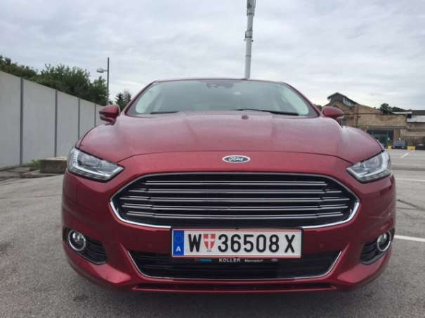 verkauft ford mondeo titanium 2 0 tdci gebraucht 2015 km in wien. Black Bedroom Furniture Sets. Home Design Ideas