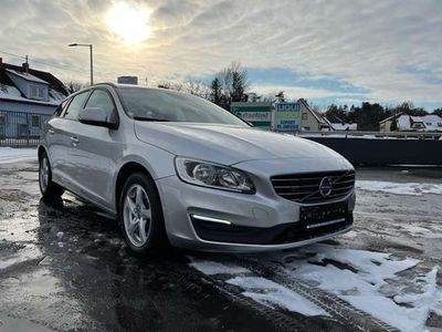 gebraucht Volvo V60 D2 Kinetic Geartronic