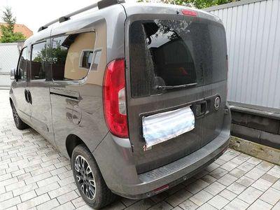 gebraucht Fiat Doblò Doblo 1,6 MultiJet 120 Lounge Maxi Heckflügeltüren Kombi / Family Van