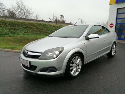 gebraucht Opel Astra Cabriolet twin top 1,9 CDTI 150+ PS Diesel / Roadster