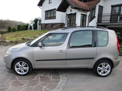 gebraucht Skoda Roomster Style 1,4 TDI PD DPF Navi Panorama Klima PDC ..
