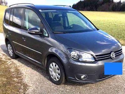 gebraucht VW Touran Trendline 1,2 TSI Kombi / Family Van