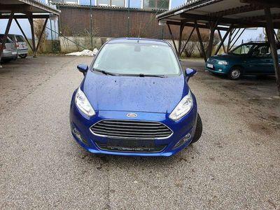 gebraucht Ford Fiesta FiestaTitanium 1,5 TDCI NEUE SERVICE !!! Limousine,