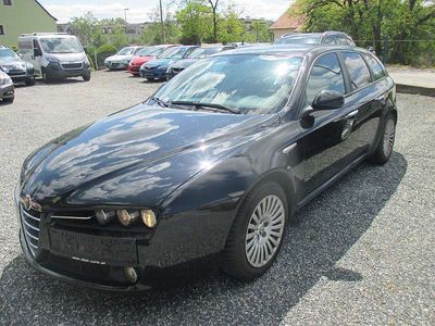 gebraucht Alfa Romeo 159 159 AlfaSW 1,9 JTDM 8V Distinctive Kombi / Family Van