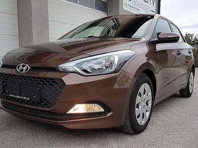 gebraucht Hyundai i20 1.25 Limited Plus, 1. Hand - KLIMA,Bluetooth,PDC,
