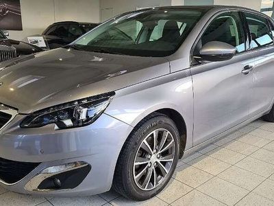 gebraucht Peugeot 308 1,6 e-HDi 115 FAP Allure Stop&Start System Limousine