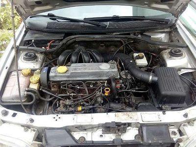 gebraucht Ford Escort PKW Limousine,