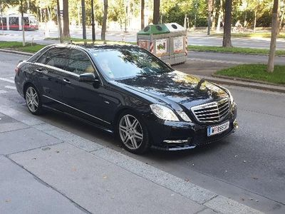 gebraucht Mercedes E300 Avantgarde A-Edition Plus BlueEfficiency CDI Aut.