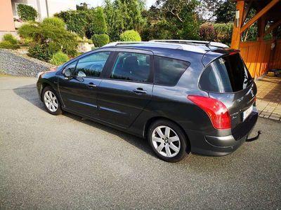 gebraucht Peugeot 308 SW 1,6 HDI 95 Active Kombi / Family Van,
