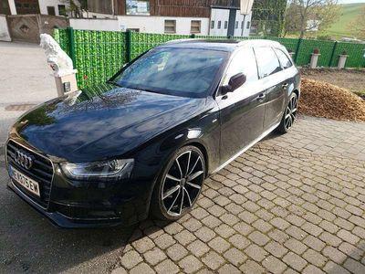 gebraucht Audi A4 2.0 tdi quattro 2x sline Automatik Kombi / Family Van