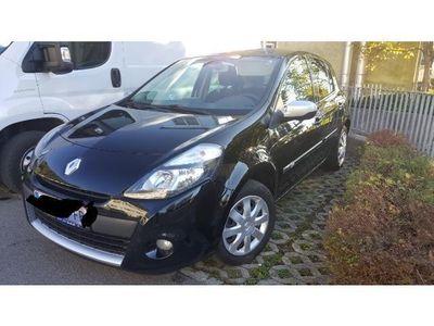 used Renault Clio 1.2 16V 75 success