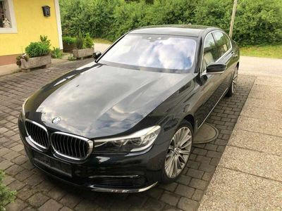 gebraucht BMW 750 7er-Reihe Allrad (G11) xDrive Österreich-Paket A