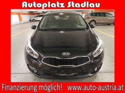 brugt Kia cee'd SW 1,6 CRDi ISG Platin LEDER NAVI RÜCKFAH... Kombi / Family Van,