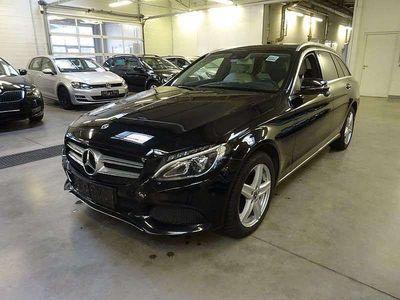 gebraucht Mercedes C220 C-Klassed T 4MATIC Austria Edition Avantgarde Aut. Kombi / Family Van