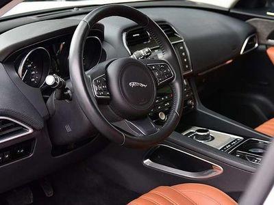 gebraucht Jaguar F-Pace 30d AWD Portfolio Aut. SUV / Geländewagen