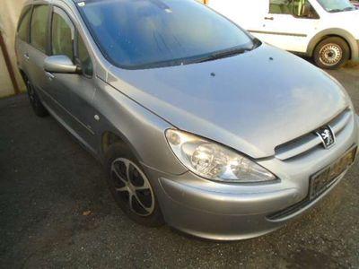 gebraucht Peugeot 307 SW Definition 1,6 HDI 90