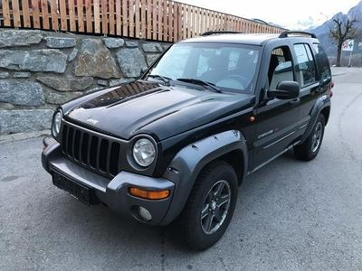 gebraucht Jeep Cherokee 2,8 Sport Plus CRD TD Aut. / Klima / Diesel / 4x4