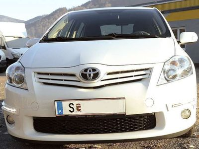 gebraucht Toyota Auris 1,4 D HIGH ECO TITAN EDITION Limousine