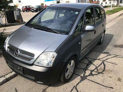 gebraucht Opel Meriva 1,6 mit Pikerl bis 03/2020 Kombi / Family Van