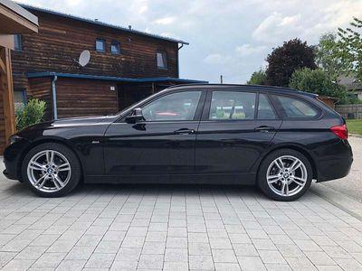 gebraucht BMW 318 3er-Reihe D A Sport Line Kombi / Family Van
