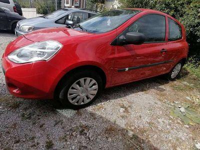 gebraucht Renault Clio Dynamique 1,2 16V