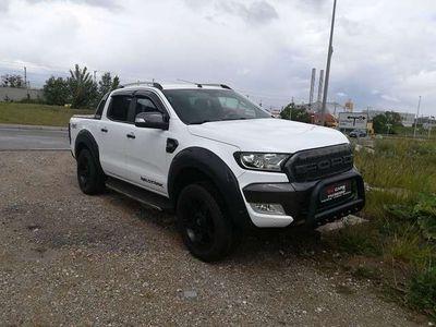gebraucht Ford Ranger Wildtrack 3,2 tdci Aut. Black&White Edition