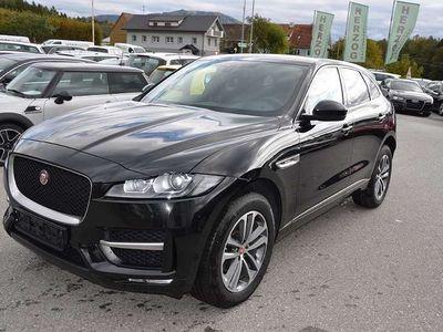 "gebraucht Jaguar F-Pace 20d AWD R-Sport Aut/Xenon/Nav/19""Alu/Kamera/1.Besi"