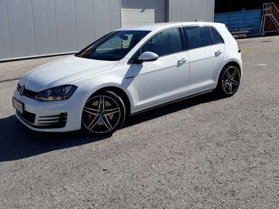 gebraucht VW Golf GTI Peformance Limousine,