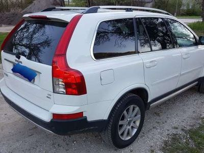 used Volvo XC90 D5 A Momentum Geartronic