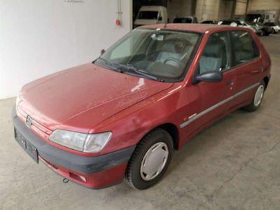 gebraucht Peugeot 306 XR 1,4 ERSTBESITZ - SCHEUNENFUND Limousine