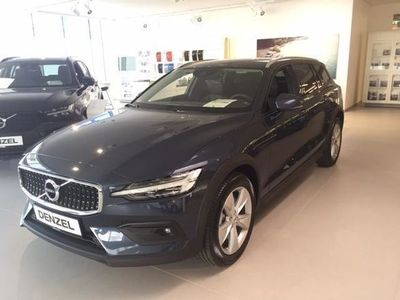 used Volvo V60 CC Cross Country D4 AWD Geartronic Kombi / Family Van,