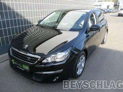 "gebraucht Peugeot 308 1,6 HDi 92 FAP Active 17"" Felgen Limousine,"