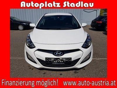 used Hyundai i30 CW 1,4 CRDi Europe DPF *FINANZIERUNG MÖGLICH! Kombi / Family Van,