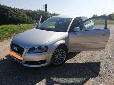 gebraucht Audi A3 1,9 TDI Attraction Klein-/ Kompaktwagen