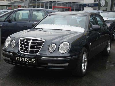gebraucht Kia Opirus Limousine,
